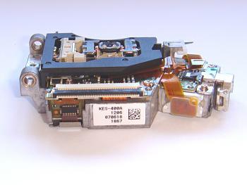 Clicca l'immagine per ingrandirla.  Nome: ps3-laser-kes-400a-side-lower.jpg Visualizzazioni: 25 Dimensione: 175.6 KB ID: 1018