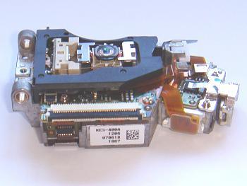 Clicca l'immagine per ingrandirla.  Nome: ps3-laser-kes-400a-side.jpg Visualizzazioni: 23 Dimensione: 193.9 KB ID: 1019