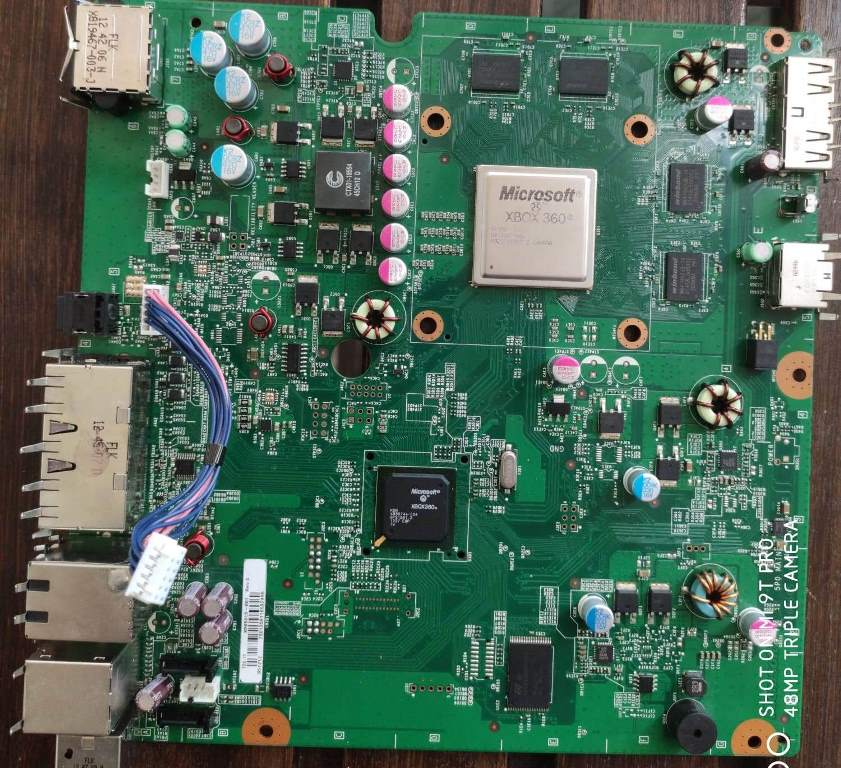 Xbox 360 Slim 250 gb Corona 9,86A non si accende, circuito scheda in corto ?-scheda_madre-360_slim_corona_9_86a_1.jpeg
