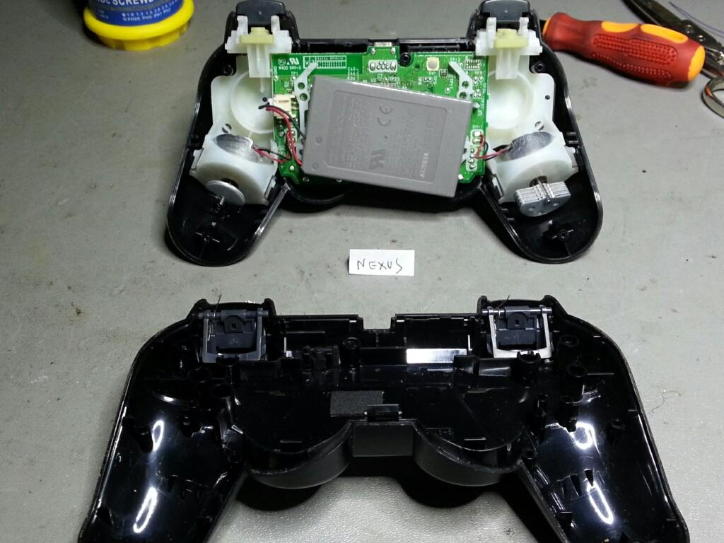 [MiniTutorial] Come sostituire i led smd al controller PS3-cymera_20140126_102927.jpg