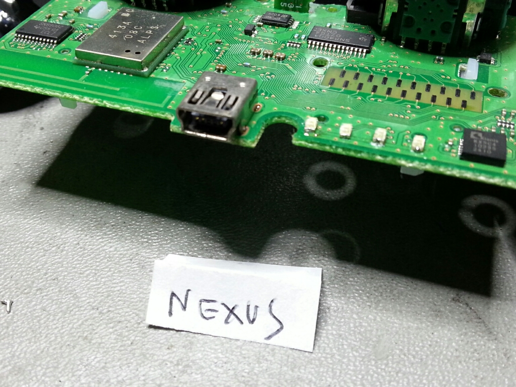 [MiniTutorial] Come sostituire i led smd al controller PS3-cymera_20140126_111005.jpg